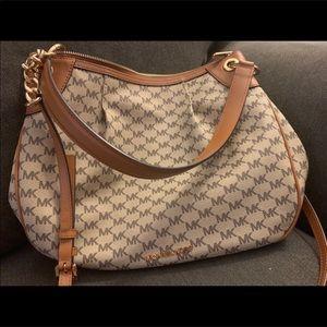 MK Michael kors large purse in EUC!!